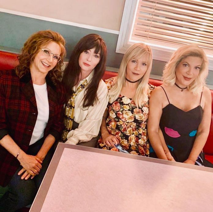 Cliomakeup-beverly-hills-90210-revival-4-cast-femminile
