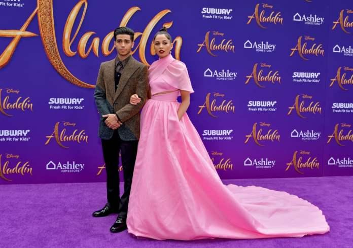 cliomakeup-Premiere-film-Disney-2019-5-naomi-scott
