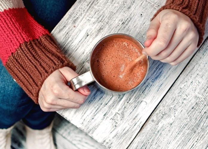cliomakeup-corretta-alimentazione-prevenzione-tumori-cancro-12-hot-chocolate
