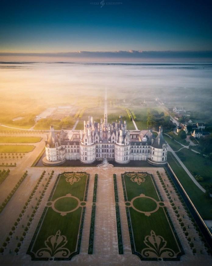 castelli della loira e francia: il parco attorno al castello di chambord è grande quanto parigi