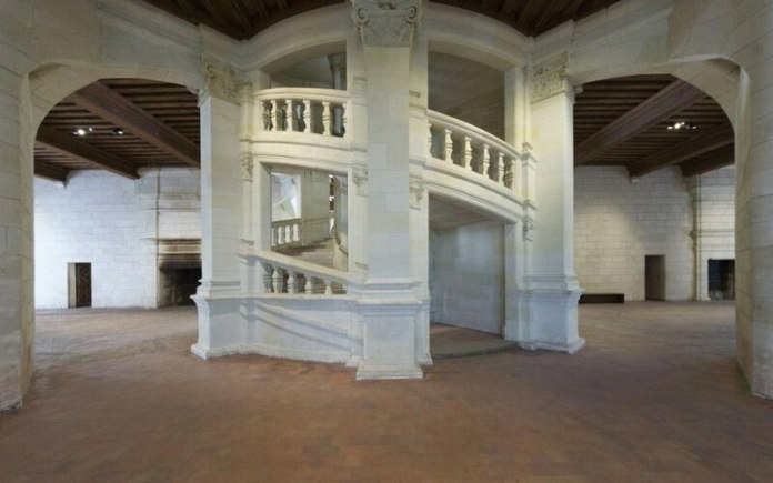 castelli della loira e francia: la scala a due eliche del castello di chambord è stata ispirata da Leonardo da Vinci