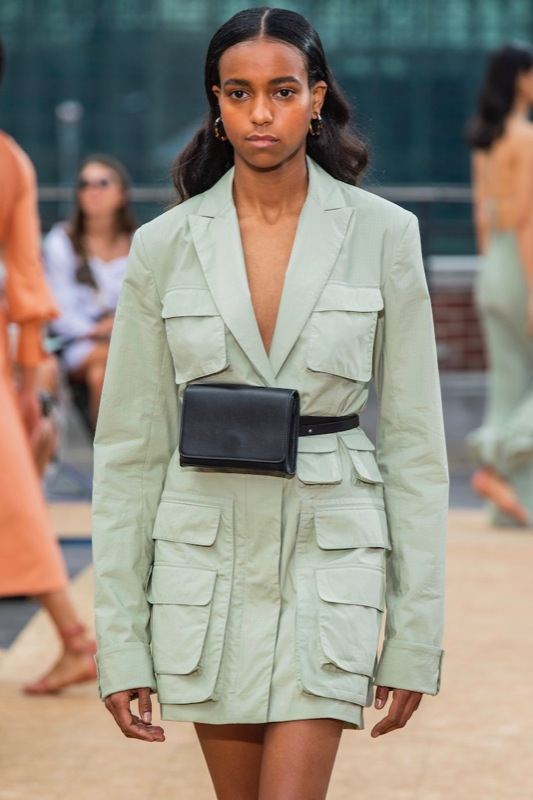 cliomakeup-trend-estate-2020-ny-fashion-week-9-accessori-pelle