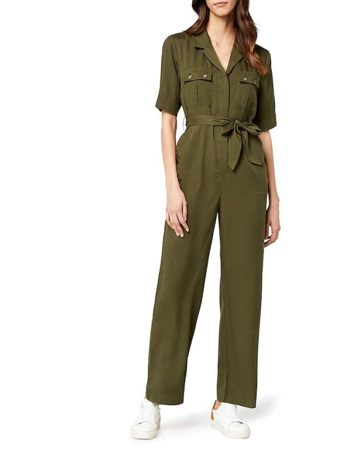ClioMakeUp-jumpsuit-2-amazon-find.jpgClioMakeUp-jumpsuit-2-amazon-find.jpg
