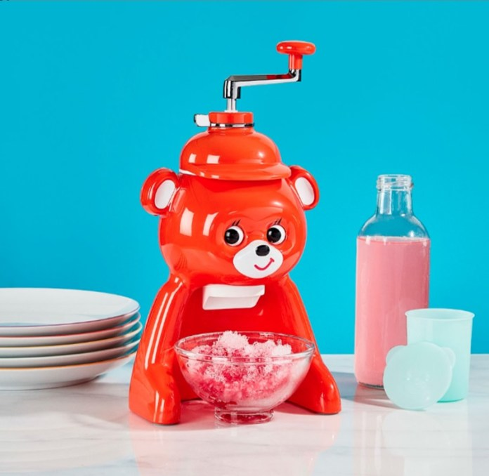 cliomakeup-oggetti-arredo-felici-15-bear-ice-shaver