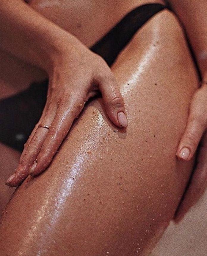 cliomakeup-peeling-corpo-scrub-fai-da-te-13-scrub-idratante-tonificante