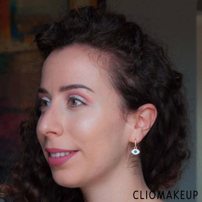 cliomakeup-recensione-illuminante-essence-the-highlighter-10