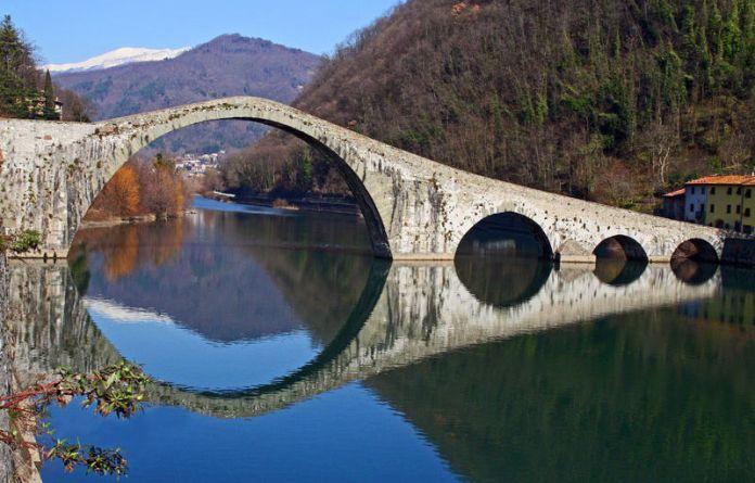 Viaggi Halloween: il Ponte del Diavolo a Borgo a Mozzano