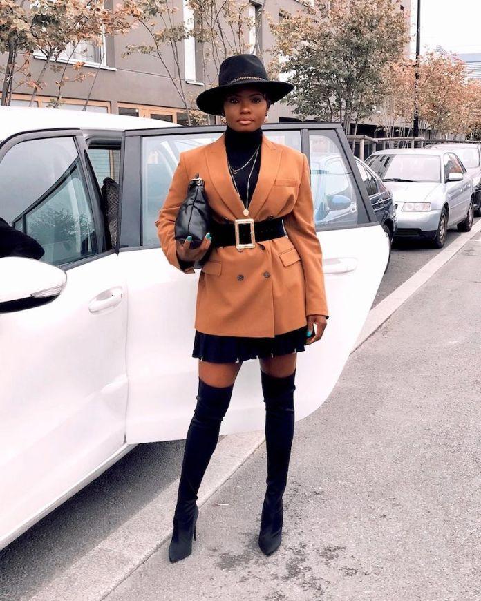 ClioMakeUp-maglioni-collo-alto-6-dolcevita-blazer-stivali.jpg