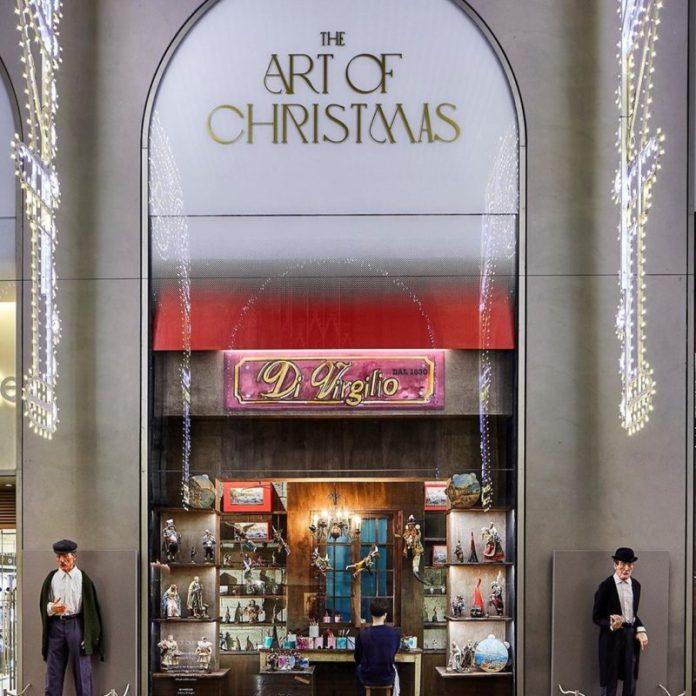 luminarie natalizie: le vetrine di Rinascente a Milano sono dedicate ai presepi di via San Gregorio Armeno