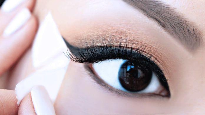 Cliomakeup-make-up-occhi-allungati-5-scoth
