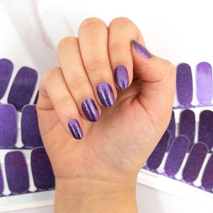 Cliomakeup-purple-nails-1-viola-glitter
