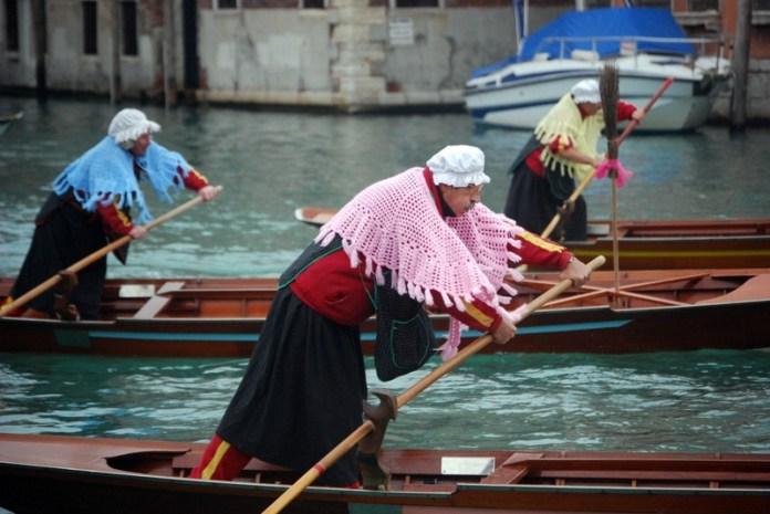 viaggi epifania 2020: regata delle Befane a Venezia