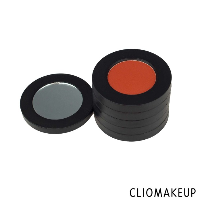 cliomakeup-recensione-ombretti -melt-cosmetics-baby-girl-eyeshadow-stack-4