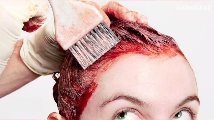 usi alternativi dentifricio: rimuove le macchie di tinta per capelli dalla pelle