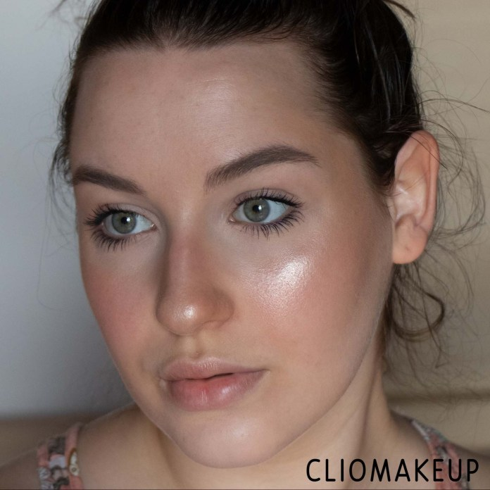 cliomakeup-recensione-palette-catrice-luminice-highlight-e-blush-glow-palette-12