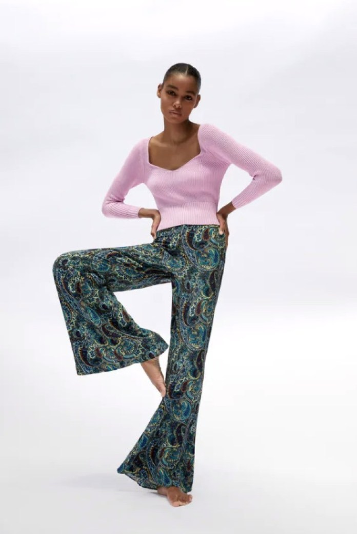 Cliomakeup-pantaloni-leggeri-estate-2020-9-zara-pantaloni-campana