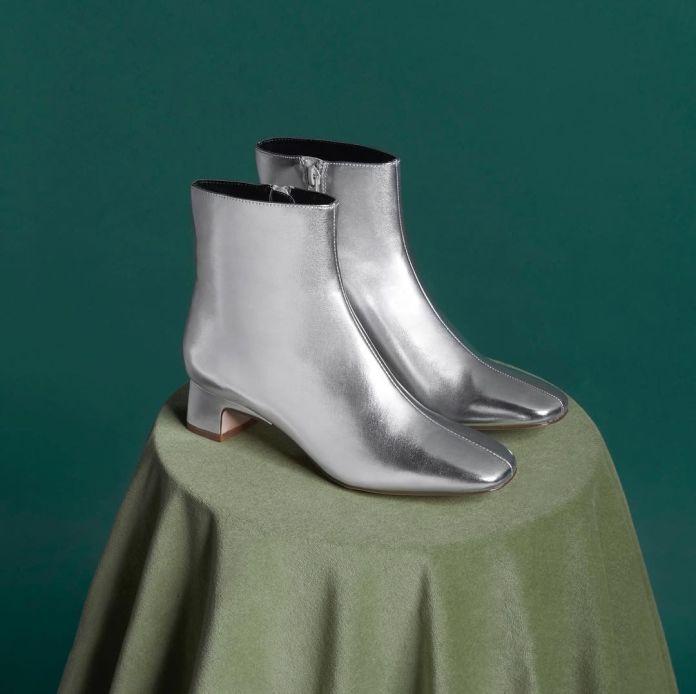 Cliomakeup-scarpe-basse-autunno-2020-7-stivali-argento