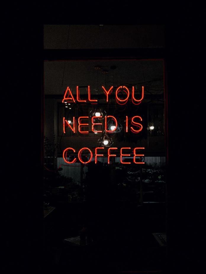 Cliomakeup-caffè-caffeina-3-scritta