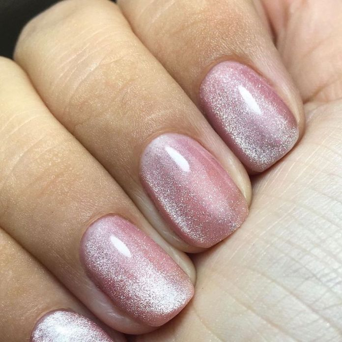 cliomakeup-tendenza-unghie-cats-eye-nails-teamclio-4