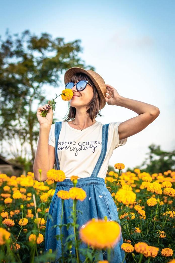 cliomakeup-flourishing-donna