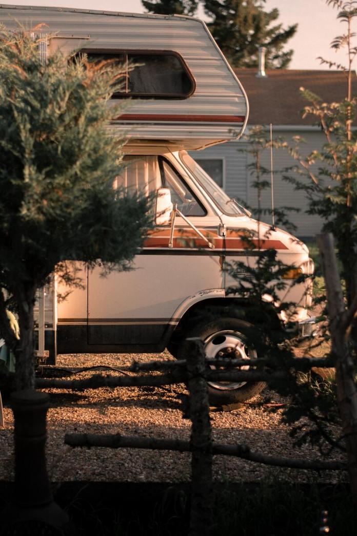 cliomakeup-guida-vacanze-in-campeggio-camper