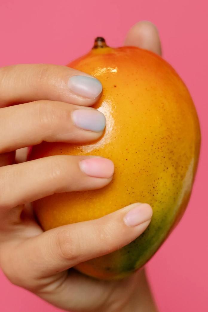cliomakeup-mango-frutto-tropicale