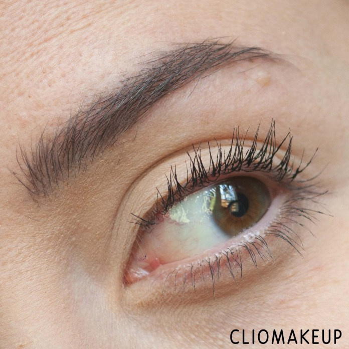 cliomakeup-recensione-mascara-maybelline-the-falsies-lash-lift-ultra-black-mascara-10