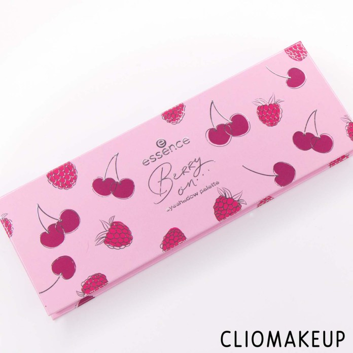 Cliomakeup-Recensione-Palette-Essence-Berry-On-Eyeshadow-Palette-2