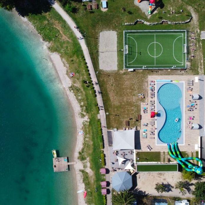 cliomakeup-campeggi-in-italia-camping-al-sole-piscina