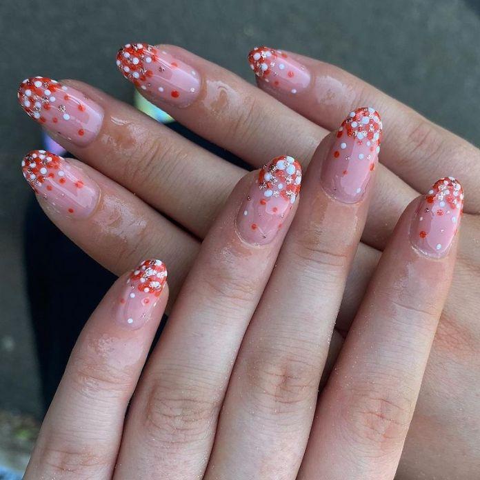 cliomakeup-confetti-nails-estate-2021-teamclio-12