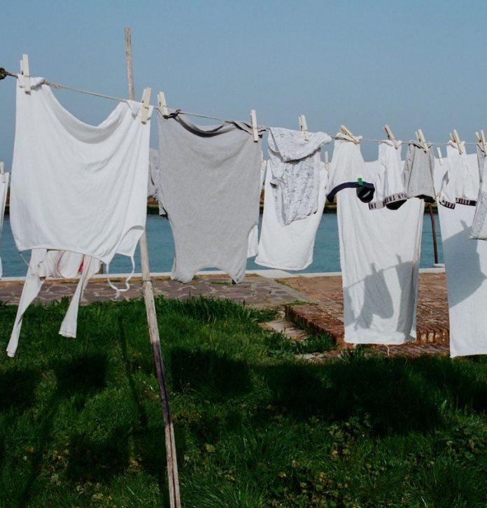 cliomakeup-come-conservare-costumi-da-bagno teamclio-asciugare