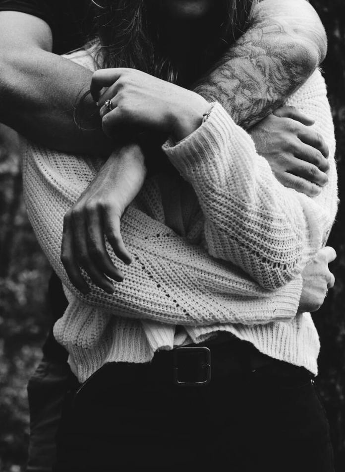cliomakeup-come-migliorare-umore-abbracci
