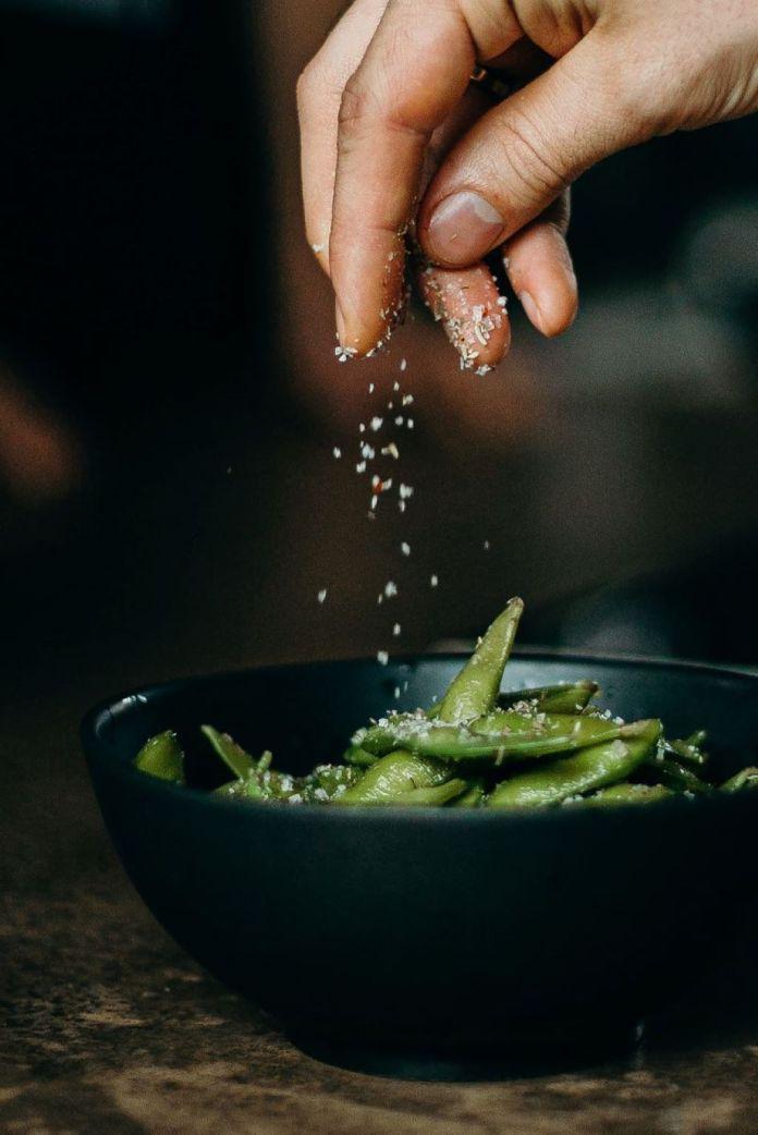 Cliomakeup-alimenti-ricchi-di-sale-1-copertina