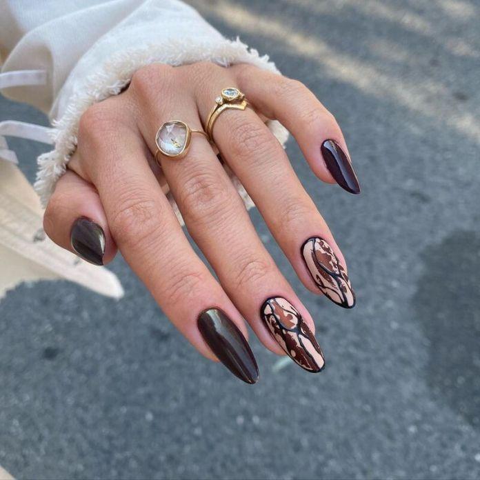cliomakeup-dark-choco-nails-cioccolato-goloso