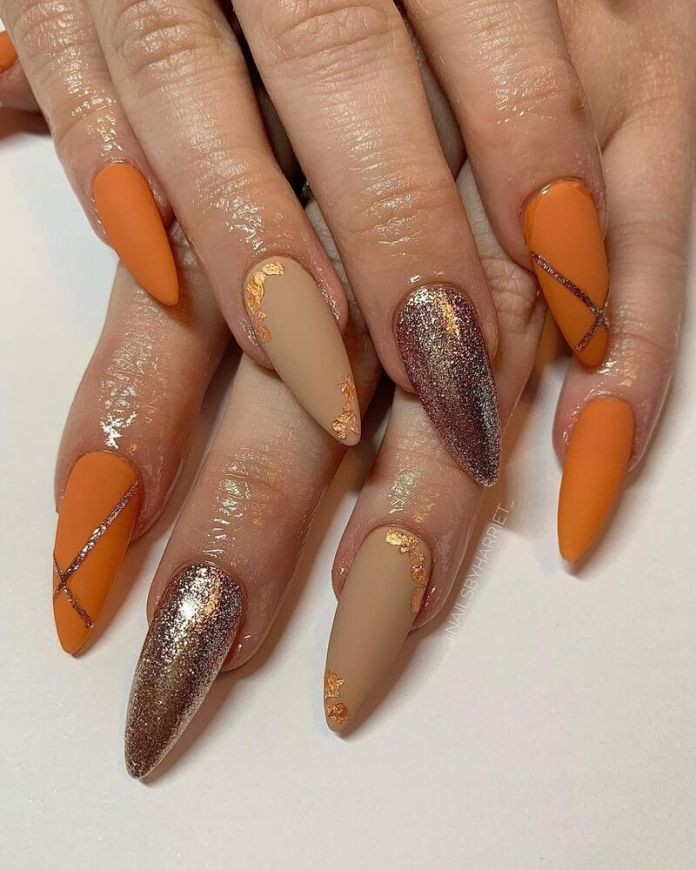 cliomakeup-pumpkin-nails-mistmatched
