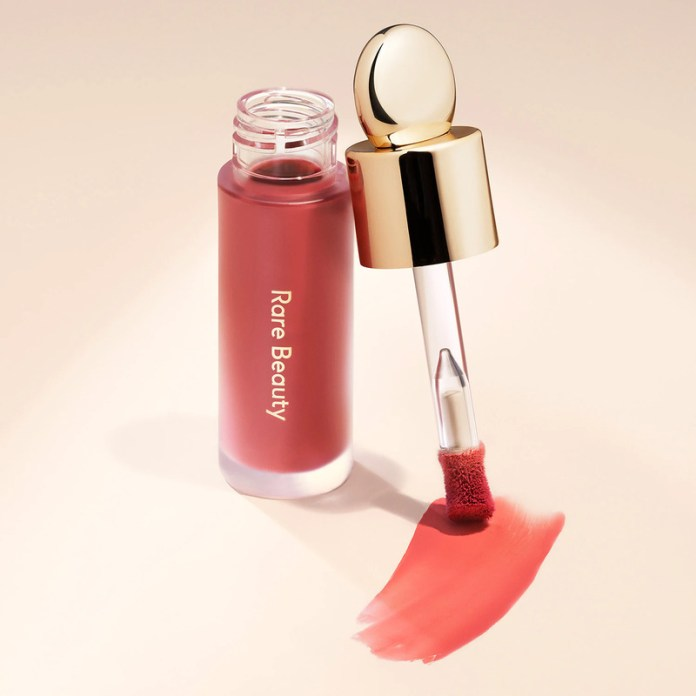 cliomakeup-blush-autunno-2021-rare-beauty-soft-pinch