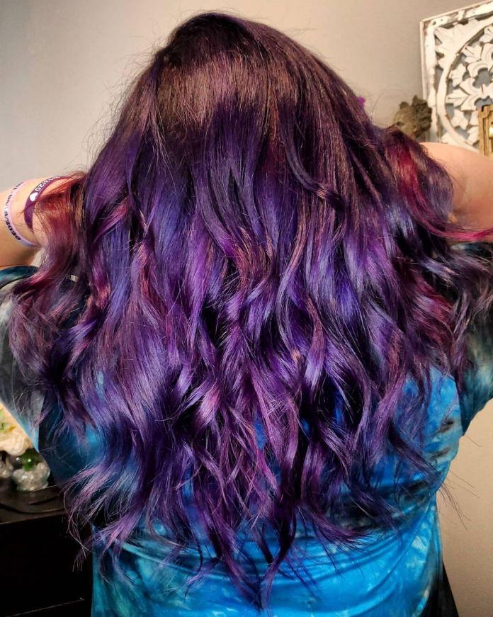 cliomakeup-colore-capelli-viola-grape-autunno-2021-13