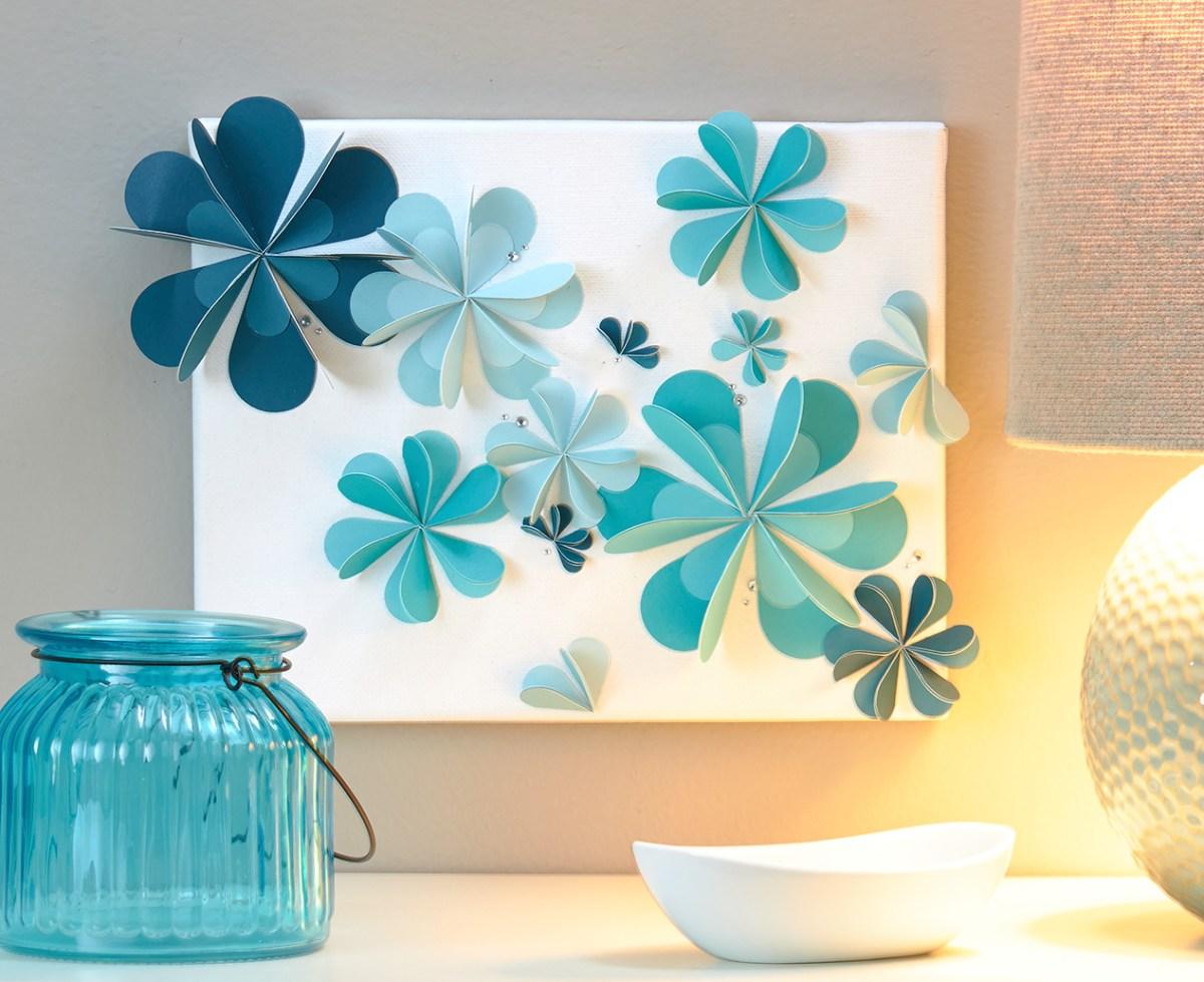 Two-toned 3-D flowers #CTMH #closetomyheart #cardstock #twotoned #monochromatic #flowers #canvas #wallart