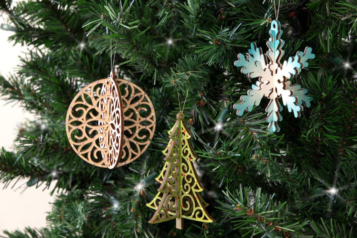 DIY Wood Tags & Ornaments #ctmh #closetomyheart #ctmhmerrylittlechristmas #merrylittlechristmas #diyornaments #diytags #christmastags #christmasornaments