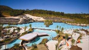Caldas Novas e suas águas termais e parques aquáticos