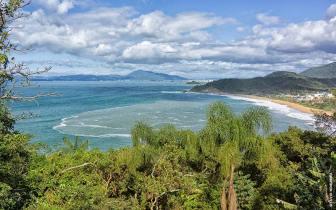 Planeje um final de semana na Praia do Estaleirinho