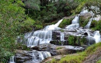Cachoeiras de águas cristalinas em Bueno Brandão – Embarque nessa aventura!