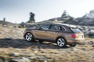 Bentley Bentayga offroading
