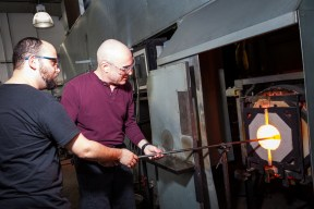 Veterans took part in one-hour Introduction to Glassblowing lessons working one on one with The Studio's glassmaking instructors