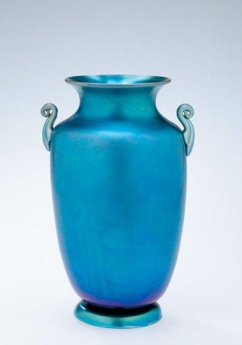 Blue Aurene vase, Steuben Glass, Corning NY, 1920-29. 51.4.743