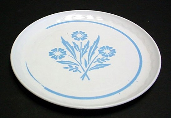 Plastic CorningWare Large Toy Plate, Corning Glass Works, Corning, NY, USA, about 1970-1979. Gift of Thomas P. Dimitroff. 2002.7.18 J.
