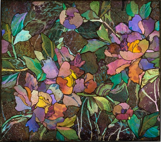 Mosaic panel with peonies, about 1900–1910. Tiffany Glass and Decorating Company or Tiffany Studios. Inlaid iridized glass, bronze. H. 34.5 cm; W. 39 cm; Diam. 2 cm. The Corning Museum of Glass, Corning, New York (77.4.91).