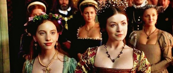 Laoise Murray as the Lady Elizabeth and Sarah Bolger as the Lady Mary in The Tudors