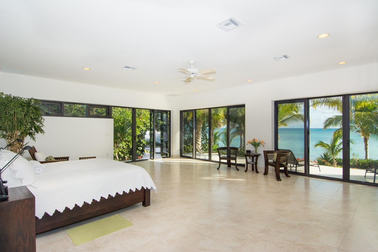 Oceanus Villa Frank Sound, Cayman Islands