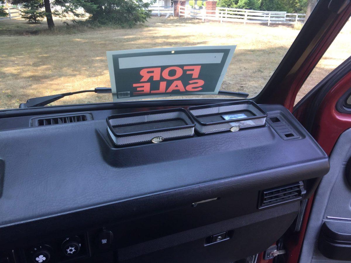 dash trays
